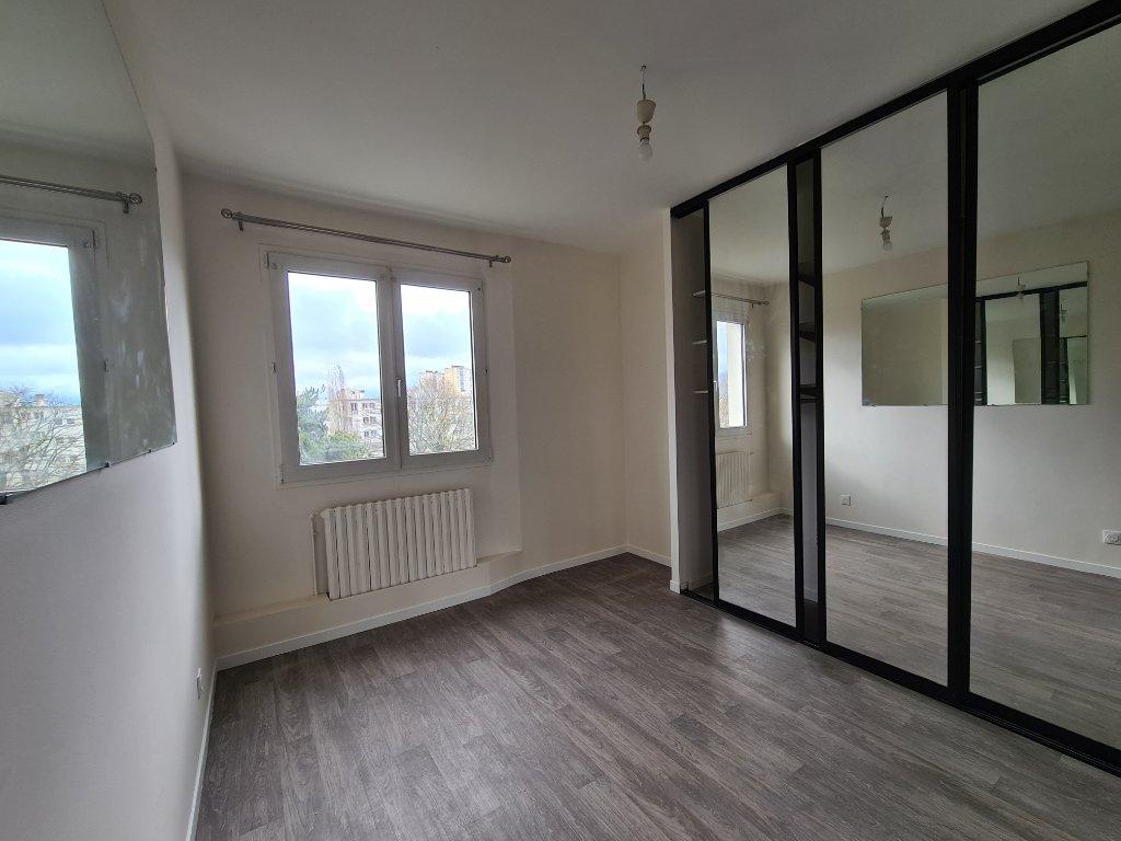APPARTEMENT T4 A LOUER - DRANCY - 60 m2 - 1250 € charges comprises par mois